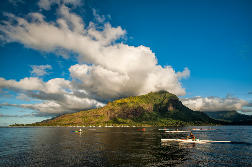 Outriggers-in-Moorea