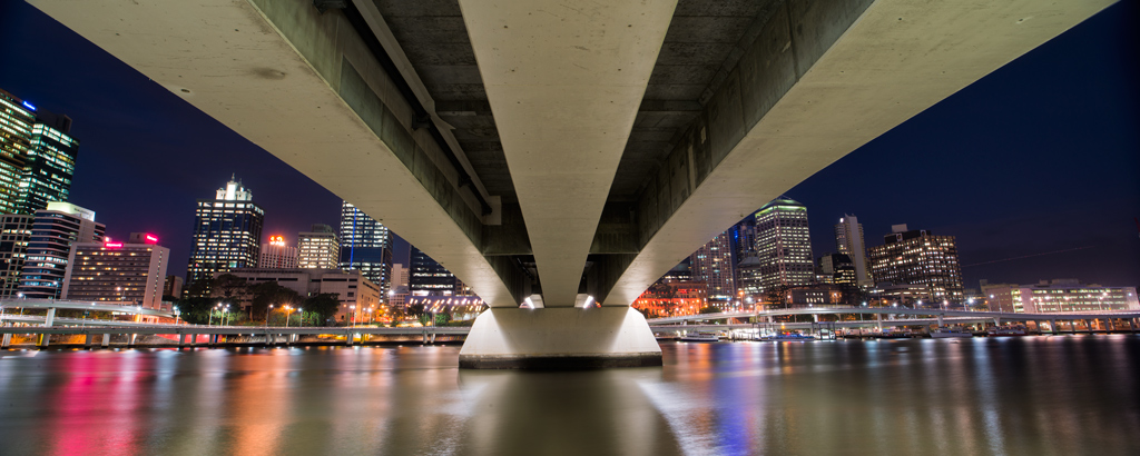 Brisbane-Skyline-from-Beneath-Victoria-Bridge-Pano