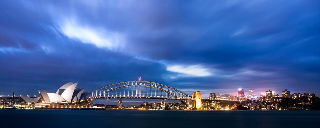 Sydney-Opera-House-and-Harbour-Bridge-at-Twilight-from-SHNP-Pano